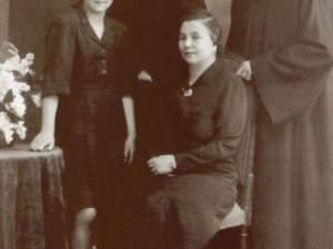 Arsenie Boca impreuna cu familia Staniloae