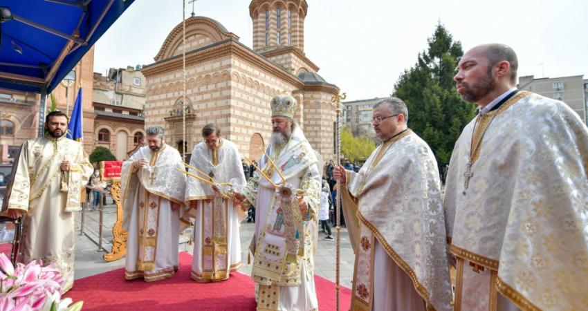 Praznicul Bunei Vestiri, Hramul istoric al bisericii
